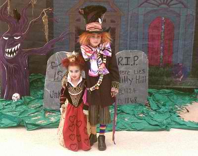Wonderland Red Queen and Mad Hatter Halloween Costume