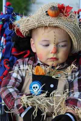 Little scarecrow halloween costume contest winner